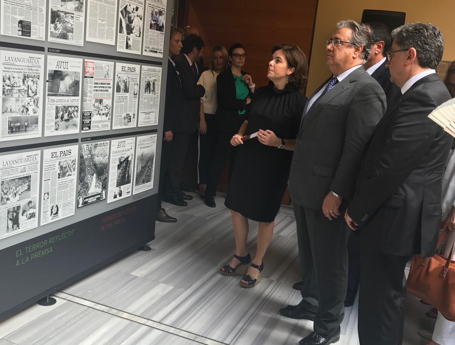 """""""Una Mirada A Hipercor"""": Una Exposición De Memoria Histórica Gráfica"""