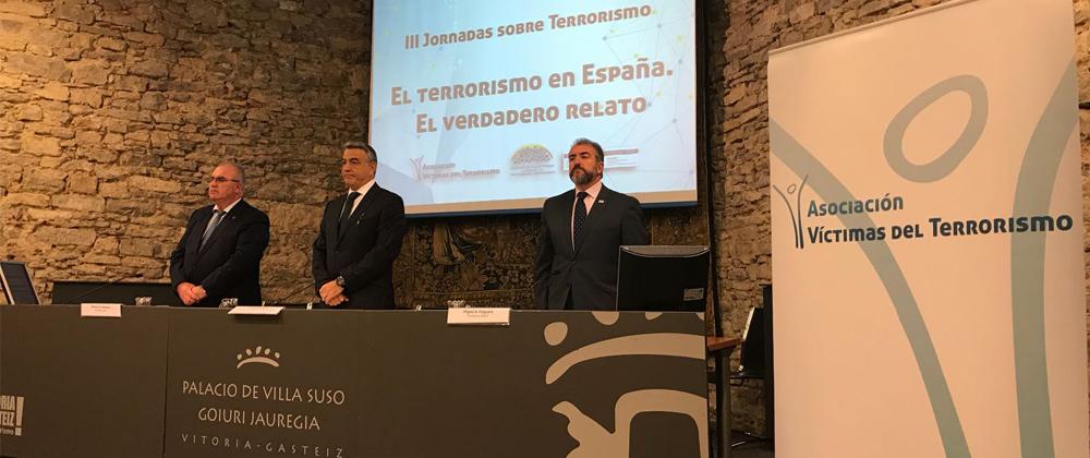 Participación En III Jornadas Sobre Terrorismo De La AVT