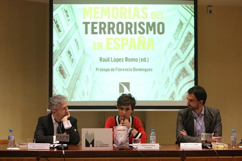 """Presentación En Madrid Con El Ministro Del Interior De """"Memorias Del Terrorismo En España"""""""