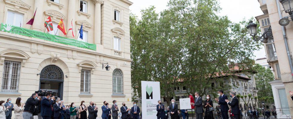 Vídeo Del Acto De Inauguración Del Memorial Por SSMM Los Reyes Y El Presidente Del Gobierno